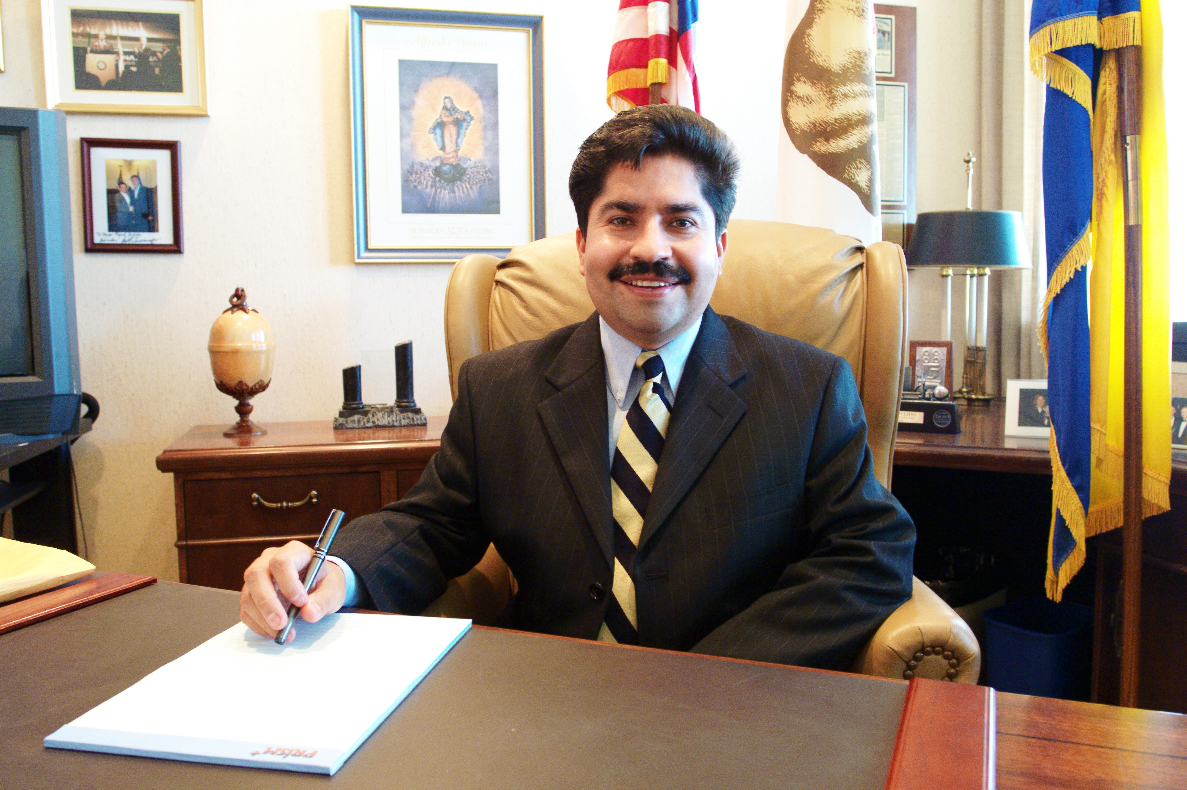 Well, no surprise. Assemblyman Jose Solorio blew it again. Steven Greenhut gave us the dirty details in a post at the Orange Punch blog: Assembly Public Safety Committee Chairman Jose […]