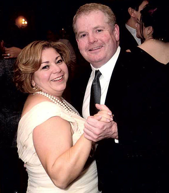 L.A. Times columnist Patt Morrison broke the news yesterday that Congresswoman Linda Sanchez is preggers. What great timing given that the Sanchez family has been grieving the loss of their […]