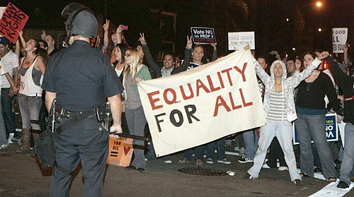 (Picture courtesy of the L.A. Times.) Prop. 8 protesters are stopping traffic and causing trouble all over Southern California – and they are NOT helping their cause. No one opposed […]
