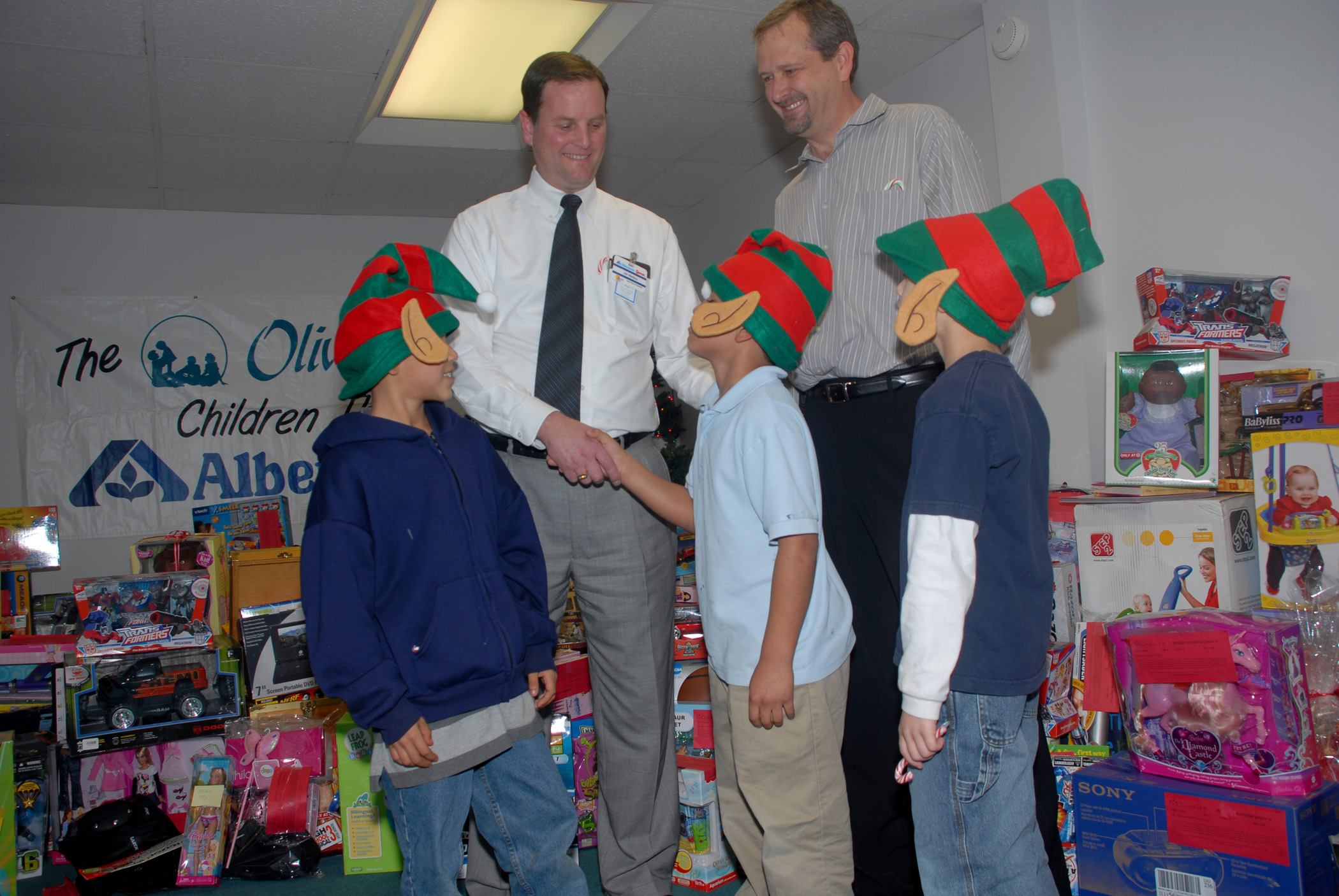 Looking for ways to donate to the needy this Christmas?  Santa Ana's Olive Crest could use your help!  This is an organization that serves children who are all alone in […]