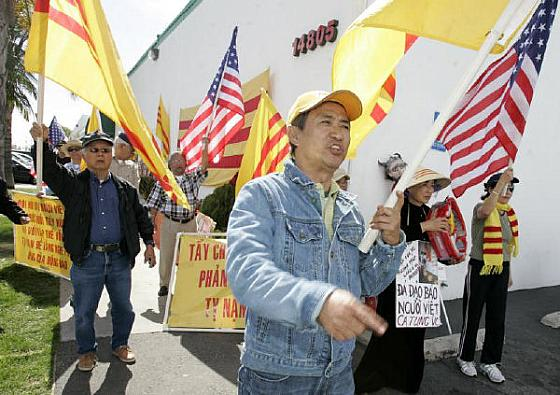 (Picture Courtesy of the O.C. Register) There is an interesting article in the L.A. Times about how Vietnamese Americans are suing those who allege that they are communists. These allegations […]