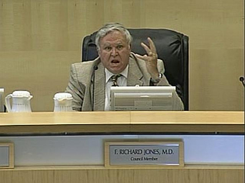 "By Joe Sipowicz I've just learned from an inside source at Fullerton City Hall that F. Richard ""Dick"" Jones has resigned from the city council, effective immediately. As a matter […]"