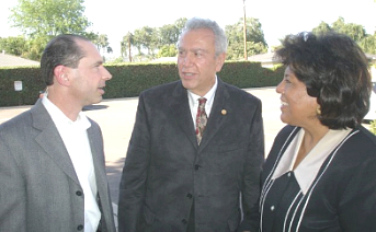 Daren Nigsarian is pictured on the left. Rose Espinoza is on the right. Daren Nigsarian, a Democrat, announced today that he will be running again for the La Habra […]
