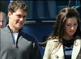 """Not that it matters, but the media is in a whirlwind today, with the news that Sarah Palin's daughter, Bristol, and her estranged boyfriend, Levi Johnston, are back together. """"A […]"""