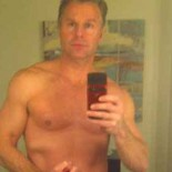 . . . All right, you can all settle down and stop theorizing now: All shirtless Congressman Chris Lee, who received his MBA from our own Chapman University, was trying […]