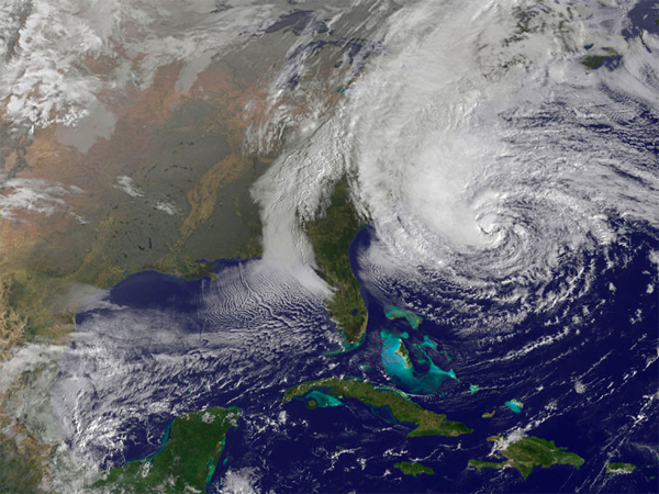 Hurricane Sandy satellite photo 10-28