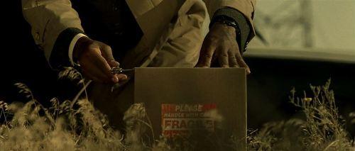 "Morgan Freeman opening box in ""Se7en"""