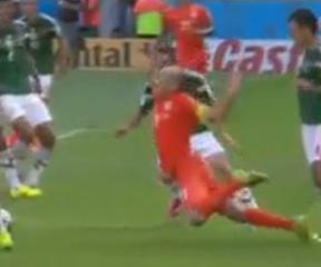 Robben-Marquez 25
