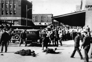 Typical violent Minneapolis strike, 1938