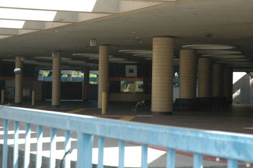 santa ana bus terminal